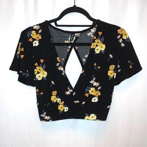 H&M Floral V-Neck Tie Back Crop Top Size M